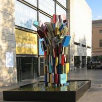 Buiten aan het Instituto Valenciano de Arte Moderno