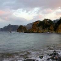 Kusten van het schiereiland Izu