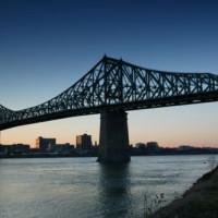 Avond bij de Jacques Cartier-brug