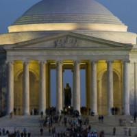 Nachtbeeld rond het Jefferson Memorial