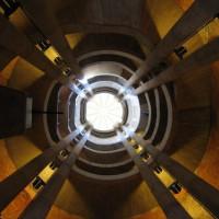 Binnen in de Sankt-Hedwigs-Kathedrale
