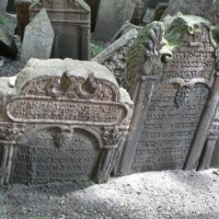 Op het Oude Joodse Begraafplaats