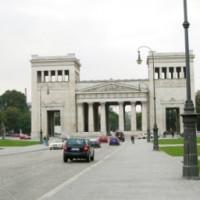 Verkeer op de Königsplatz