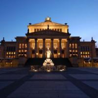 Schemering rond het Konzerthaus