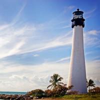 Zee aan het Cape Florida Lighthouse
