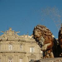 Leeuwenbeeld voor het Palacio de Linares