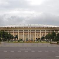 Zicht op het Loezsjniki-stadion