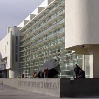 Voorkant van het Museu d'Art Contemporani
