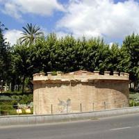 Zicht op het Mausoleo Romano