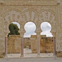 Muur in de Medina Azahara