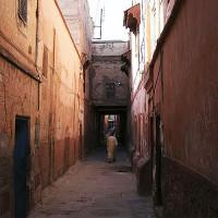 Wandelaar in de Mellah