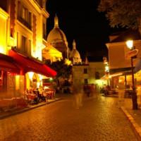 Nachtbeeld op Montmartre
