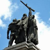 Achterkant van een standbeeld