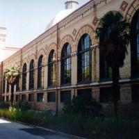Zijkant van het Museo de Ciencias Naturales