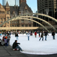 Mensen op Nathan Phillips Square