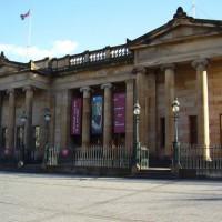 Voorgevel van de National Gallery of Scotland
