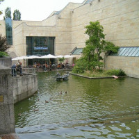 Water aan de Neue Pinakothek