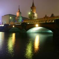Oberbaumbrücke bij nacht