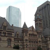 Zicht op Old City Hall