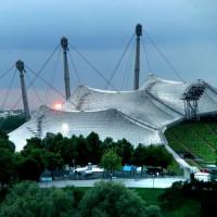 Zicht op het dak van het Olympiastadion