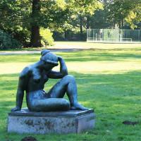 Standbeeld in het Openluchtmuseum Middelheim