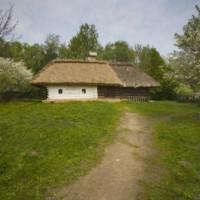 Hutjes in het Openluchtmuseum Pirogovo