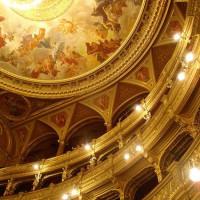 Onder in de concertzaal
