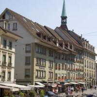 Zicht op gebouwen in de Oude Stad