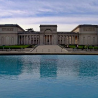 Vijver voor het Palace of the Legion of Honor