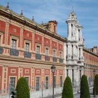 Zijaanzicht van het Palacio de San Telmo