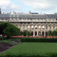 Aan het Palais-Royal
