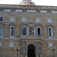 Voorkant van het Palau de la Generalitat