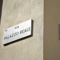 Naambord aan het Palazzo Reale