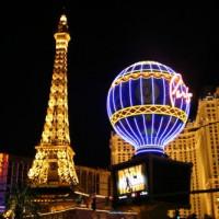 Nachtbeeld van Paris