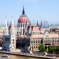 Totaalbeeld van Parlementsgebouw