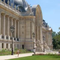 Vooraan het Petit Palais
