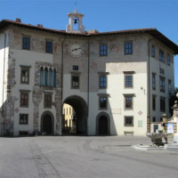 Gebouw aan het Piazza dei Cavalieri