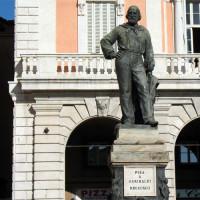 Standbeeld op het Piazza Garibaldi