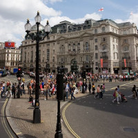 Volk op Piccadilly Circus