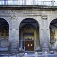Deur van de Pio Monte della Misericordia