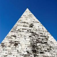 Spits van de Piramide van Cestius