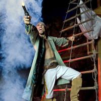 Acteur van Pirates