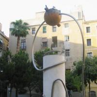 Sculptuur op de Plaçca de George Orwell