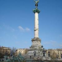 Monument op de Place des Quinconces