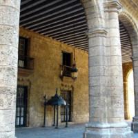 Gebouw bij de Plaza de Armas