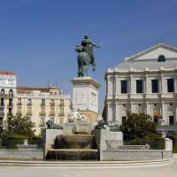 Ruiterstandbeeld op de Plaza de Oriente