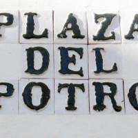 Naambord van de Plaza del Potro