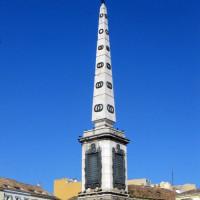 Obelisk op de Plaza de la Merced