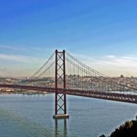 Totaalbeeld van de Ponte 25 de Abril