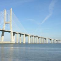 Lengte van de Ponte Vasco da Gama